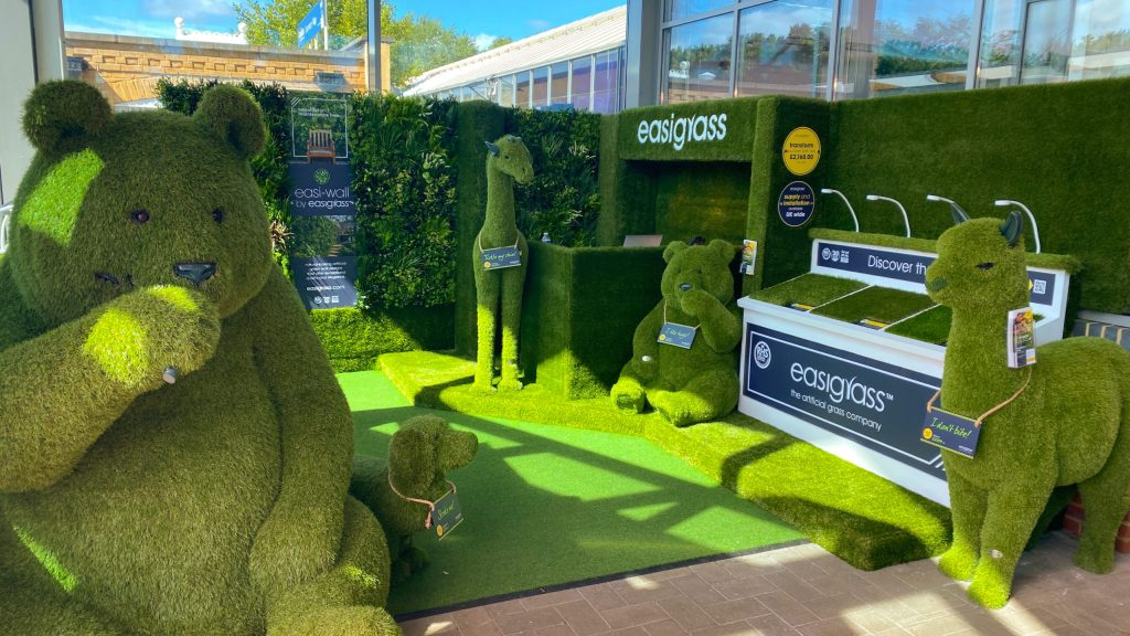 longacres artificial grass showroom