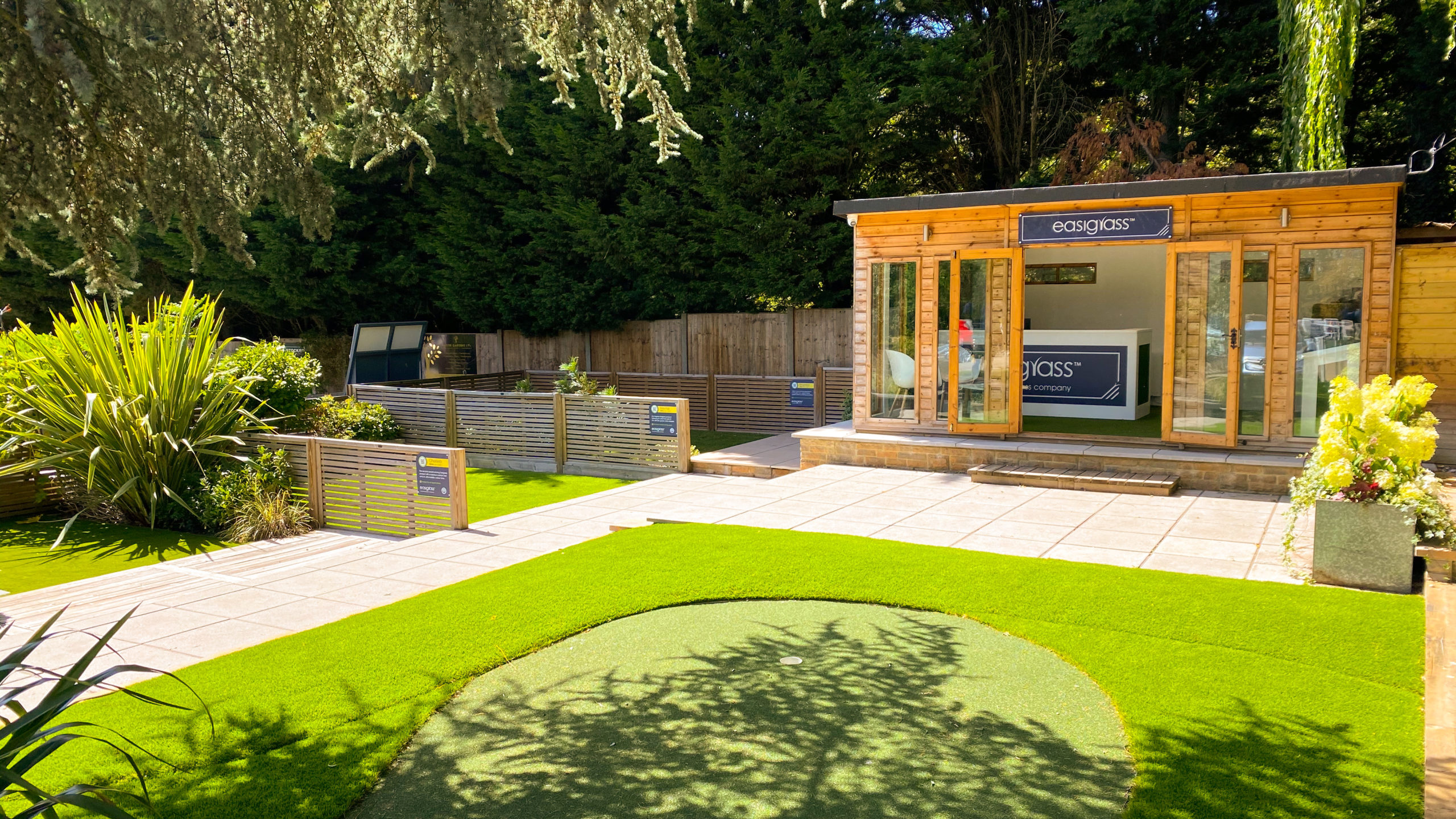 potters bar artificial grass showroom